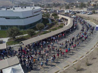 La vacunación masiva en Tijuana para reabrir la frontera, en imágenes