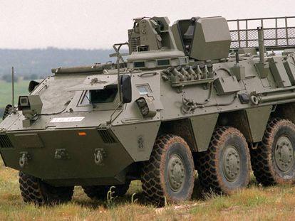 Vehículo de reconocimiento de áreas contaminadas VRAC-NBQ/BMR en la base militar de El Goloso.