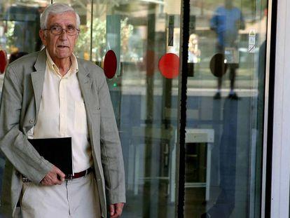 Daniel Osàcar, en 2015, al salir de declarar de los juzgados.