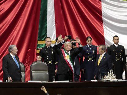 López Obrador recibe la banda presidencial en la Cámara de Diputados. En vídeo, así fue la toma de posesión de López Obrador como presidente.