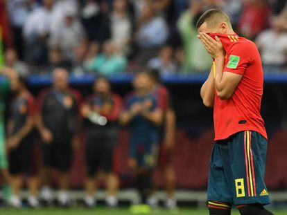 Koke se lamenta después de fallar su penalti en la tanda contra Rusia.