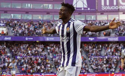 Salisu celebra el gol ante el Eibar el domingo.