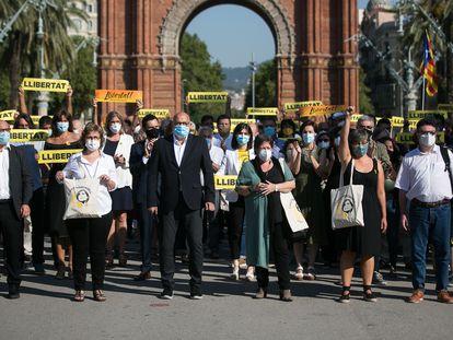 Los diputados de la Mesa del Parlament, antes del inicio de su juicio en el Tribunal Superior de Justicia de Catalunya.