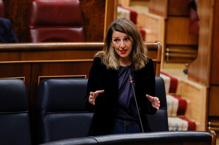 La ministra de Trabajo, Yolanda Díaz durante una sesión de control al Gobierno en el Congreso de los Diputados, en Madrid.
