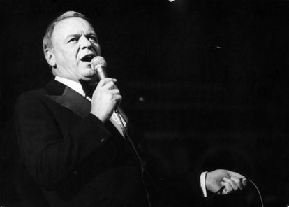 Frank Sinatra performs 'My Way' at a concert in Israel in 1976.