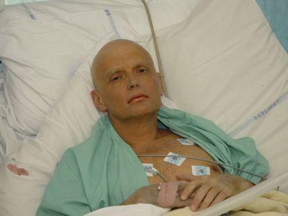 El agente Alexander Litvinenko tras ser intoxicado con polonio 2010.
