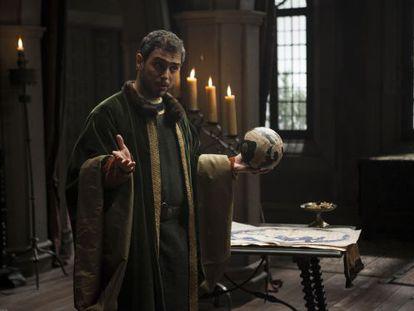 El actor Julio Manrique, en el papel de Colón.