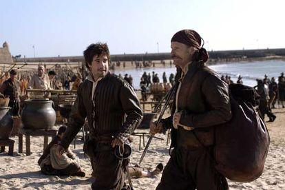 Viggo Mortensen con Unax Ugalde, en el rodaje de 'Alatriste'.