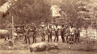 Filipinos exhibidos en el Palacio de Cristal en 1887, para la Exposición General de las Islas Filipinas.