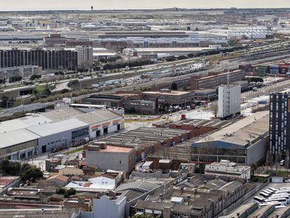 Empresas en el polígono industrial de la Zona Franca de Barcelona.