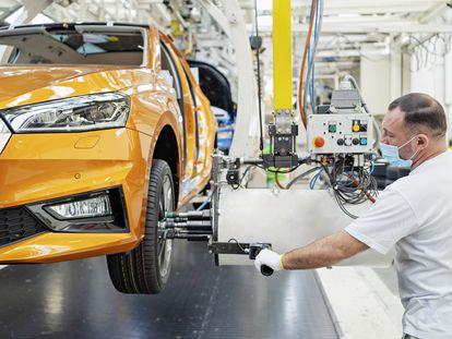 Planta de una empresa de fabricación de automóviles.