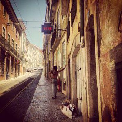 Fotografía de Lisboa tomada por la escritora Elvira Lindo. Forma parte del libro 'Memphis-Lisboa', publicado por Oficio Ediciones.
