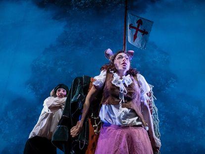 Un momento de la obra de teatro 'A bordo de la Victoria', que se representa en el Acuario de Sevilla. / Abordodelavictoria.com