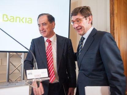 El presidente de Mapfre, Antonio Huertas (izquierda), y el presidente de Bankia, José Ignacio Goirigolzarri.