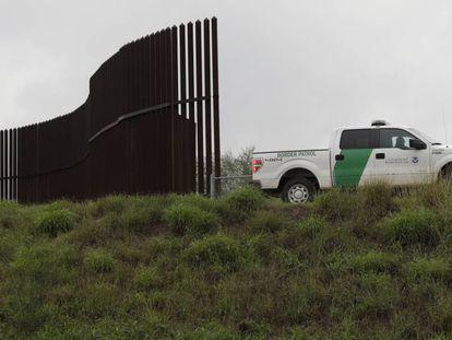 Agentes de la patrulla fronteriza en Hidalgo, Texas