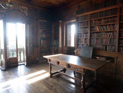 Una de las tres bibliotecas que alberga el pazo de Meirás.