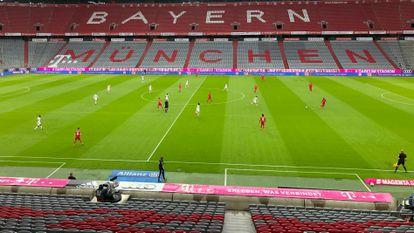Partido de la Bundesliga entre el Bayern de Múnich y Eintracht Fráncfort, este sábado en Múnich.