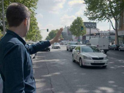 La odisea de conseguir un taxi gratis en la huelga antiUber