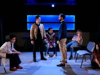 Una escena de la obra '#malditos16' que se presenta en el Teatro María Guerrero de Madrid.
