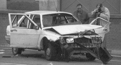 Estado en que quedó el Fiat Regata del capitán Aliste tras el atentado.