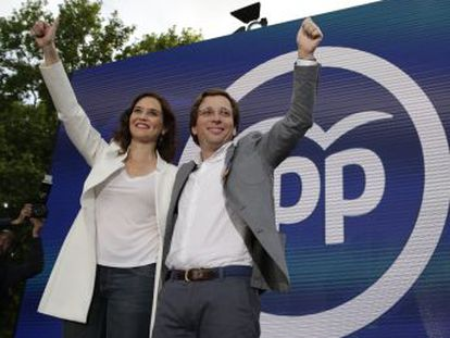 La formación de Díaz Ayuso abre la campaña con el riesgo de perder el poder por primera vez desde 1995 | El PSOE ganaría el 26-M, según el CIS | Cs no lograría el sorpasso