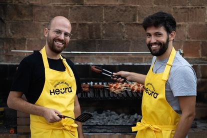 Marc Coloma y Bernat Añaños, creadores Heura, productora de carne vegetal.