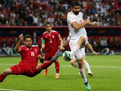 Soccer Football - World Cup - Group B - Iran vs Spain - Kazan Arena, Kazan, Russia - June 20, 2018 Spain's Diego Costa shoots at goal REUTERS/Sergio Perez