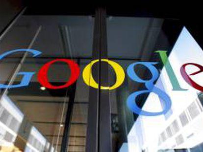 Google ingresó 50.175 millones de dólares durante los últimos 12 meses, un 32,3 por ciento más que en 2011. EFE/Archivo