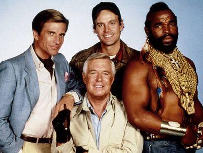 Los protagonistas de la serie 'El Equipo A': Dirk Benedict, George Peppard, Dwight Schultz, y Mr. T., de izquierda a derecha.