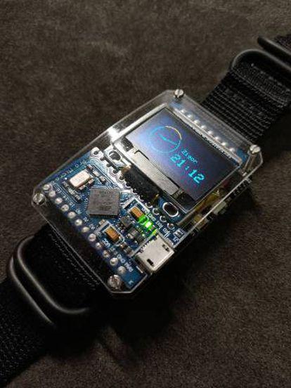 Toky Watch, el reloj inteligente Arduino desarrollado y comercializado por Alarcón.