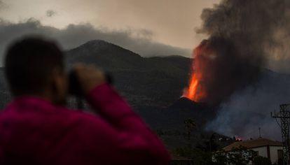 Erupción volcánica en Cumbre Vieja, La Palma, este lunes.