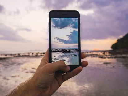 Estos móviles de Huawei, Samsung o Xiaomi poco o nada tienen que envidiar a los modelos de gama más alta.