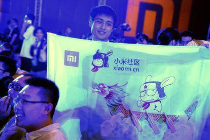 Un fan en la presentación de Xiaomi.