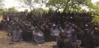 Captura del nuevo vídeo difundido el lunes por Boko Haram.