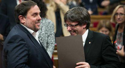 Oriol Junqueras con Carles Puigdemont.