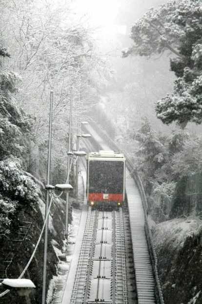 El funicular de Vallvidrera (Barcelona) esta mañana.