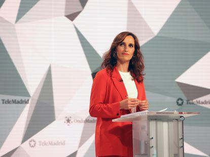 Mónica García, durante el debate entre los candidatos a la presidencia de Madrid, el 21 de abril.