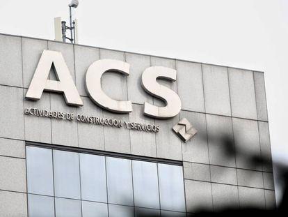 Exterior del edificio de la sede de la constructora española Grupo ACS en Madrid.