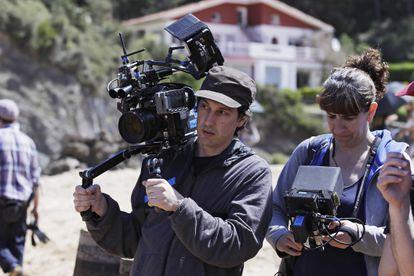 Pablo Agüero, en el rodaje de 'Akelarre'.