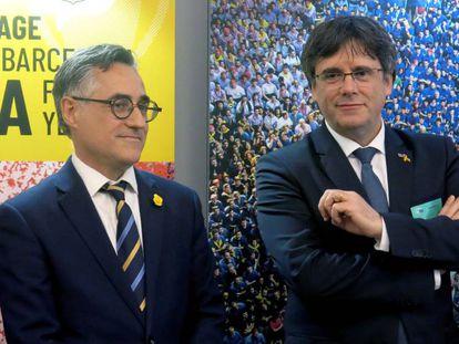 FOTO: Carles Puigdemont, a la derecha, acompañado por el eurodiputado Ramón Tremosa, en el Parlamento Europeo esta semana. / VÍDEO: Declaraciones del presidente del PdeCat, David Bonheví, este domingo.