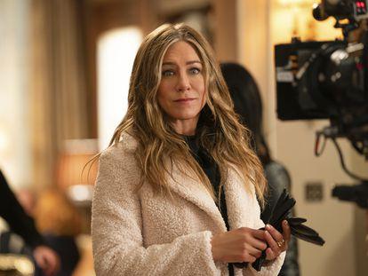 Jennifer Aniston en una escena de 'The Morning Show' serie que protagoniza y produce.