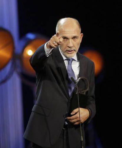 Darío Grandinetti, con su Concha de Plata a mejor actor.