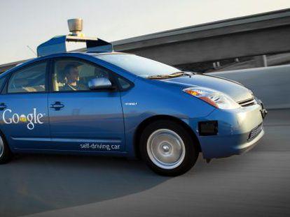Uno de los vehículos con piloto automático de Google.