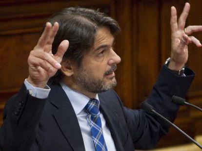El secretario general de CDC, Oriol Pujol, en el Parlamento catalán.