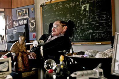 El físico Stephen Hawking, en la Universidad de Cambridge.