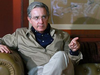 El expresidente de Colombia Álvaro Uribe acaba de ser elegido para el Senado de su país.