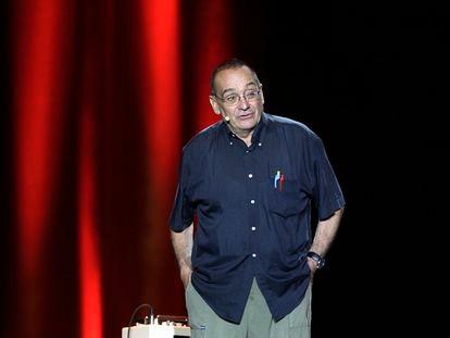 """""""El pare Manel""""  durante el homenaje en el Palau de Sant Jordi al actor Pepe Rubianes, en 2009."""