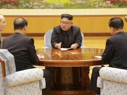 El líder norcoreano Kim Jong-Un en una reunión