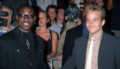 Wesley Snipes y Stephen Dorff en el estreno de Blade' en Los Ángeles en 1998.