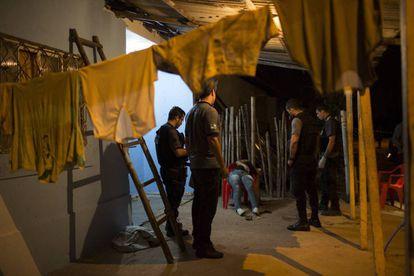 La escena del asesinato de Aga Lopes, candidata a concejal en su municipio